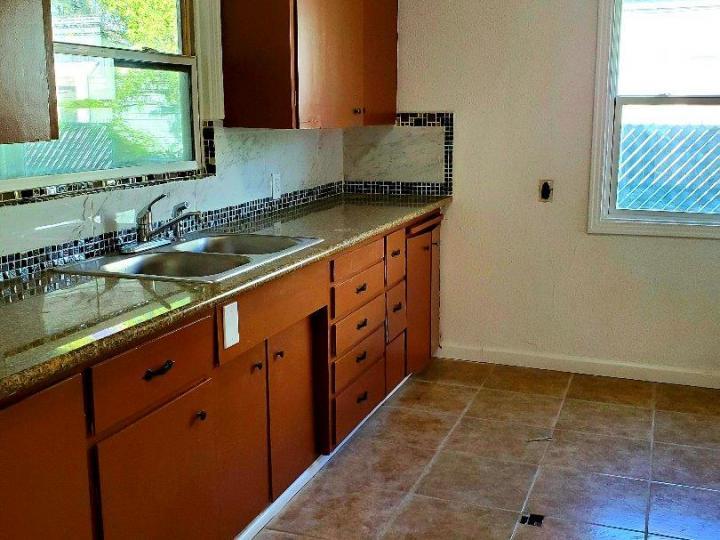 1029 W Oak St Stockton CA Home. Photo 8 of 11