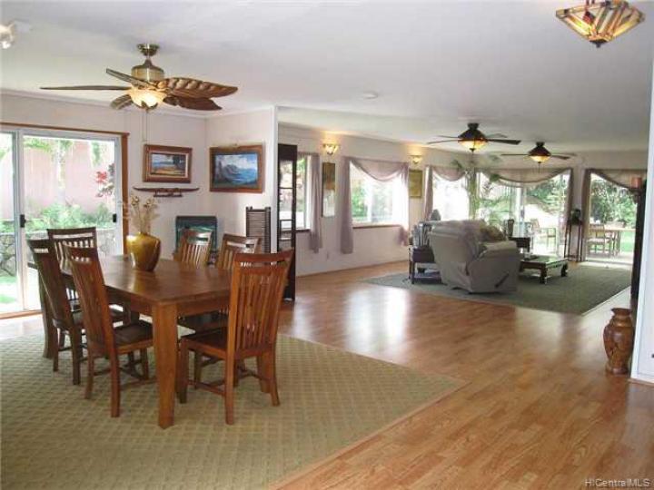 1035 Lunaai St Kailua HI Home. Photo 1 of 10
