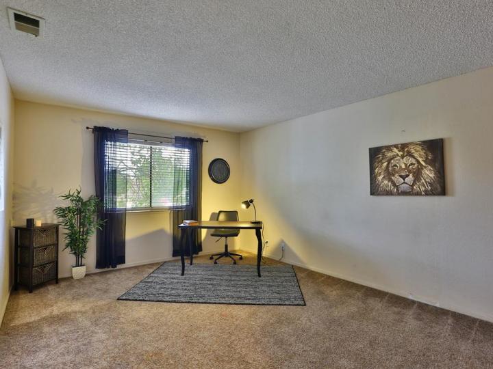 130 Baroni Ave #1, San Jose, CA, 95136 Townhouse. Photo 10 of 23