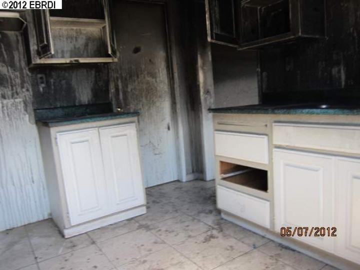1309 83rd Ave Oakland CA Home. Photo 2 of 5