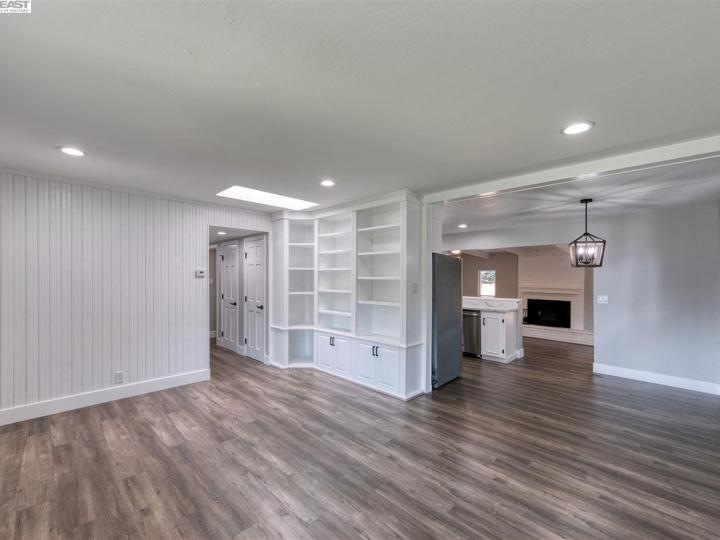 1313 Linden Dr Concord CA Home. Photo 2 of 25
