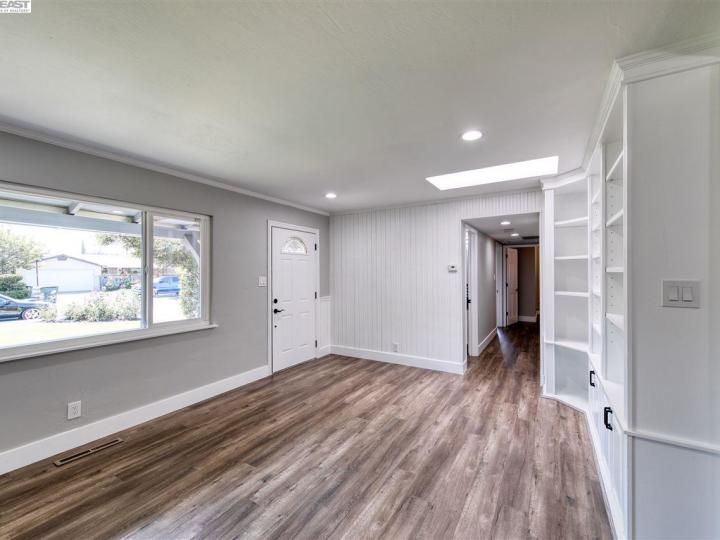 1313 Linden Dr Concord CA Home. Photo 12 of 25