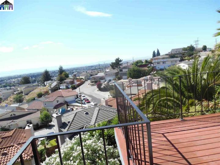 16669 Winding San Leandro CA Home. Photo 1 of 40