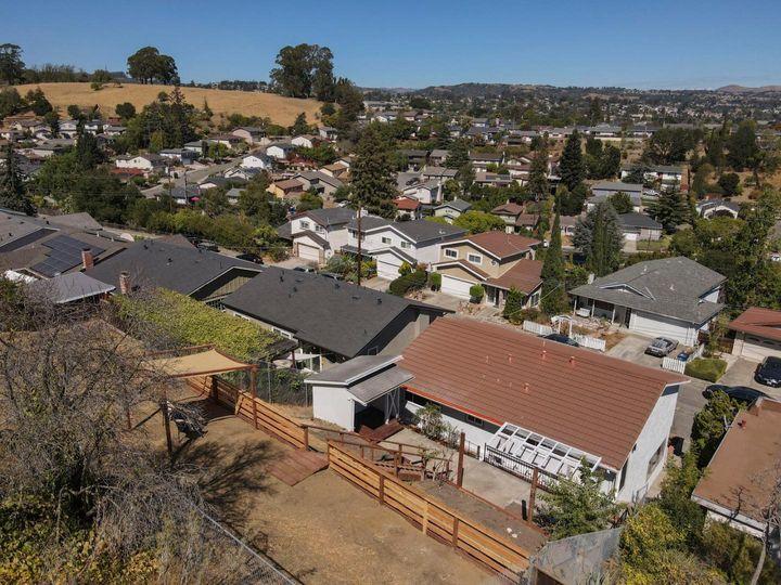19465 Yuma St Castro Valley CA Home. Photo 9 of 40