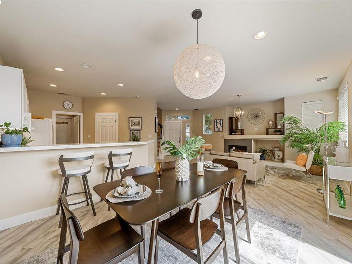 2 Sanderling Ct Alameda CA Home. Photo 8 of 31