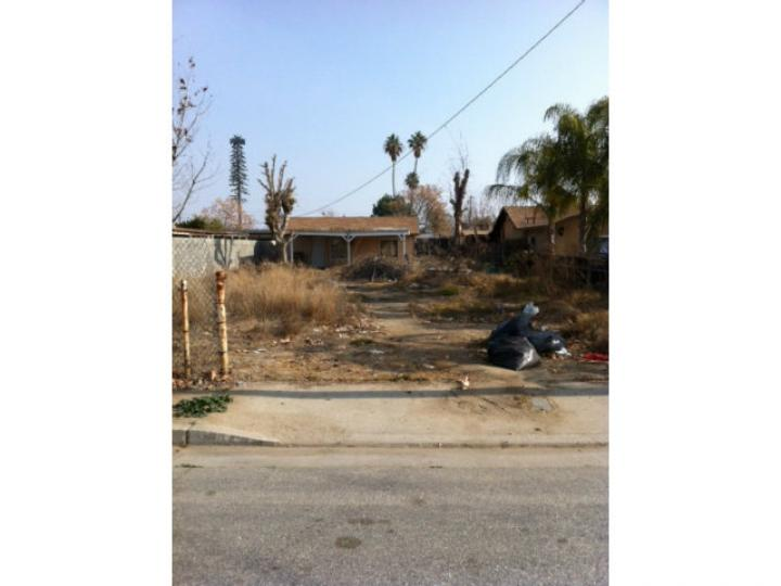 2004 S Eye St Bakersfield CA Home. Photo 1 of 1