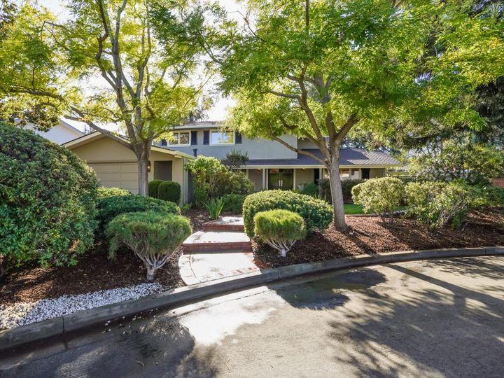 20611 Ritanna Ct Saratoga CA Home. Photo 4 of 40