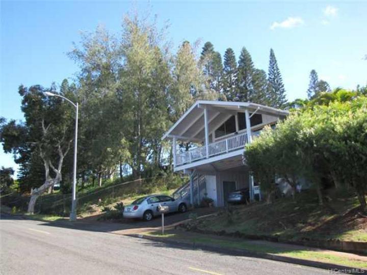 2171 Halekoa Dr Honolulu HI Home. Photo 1 of 10