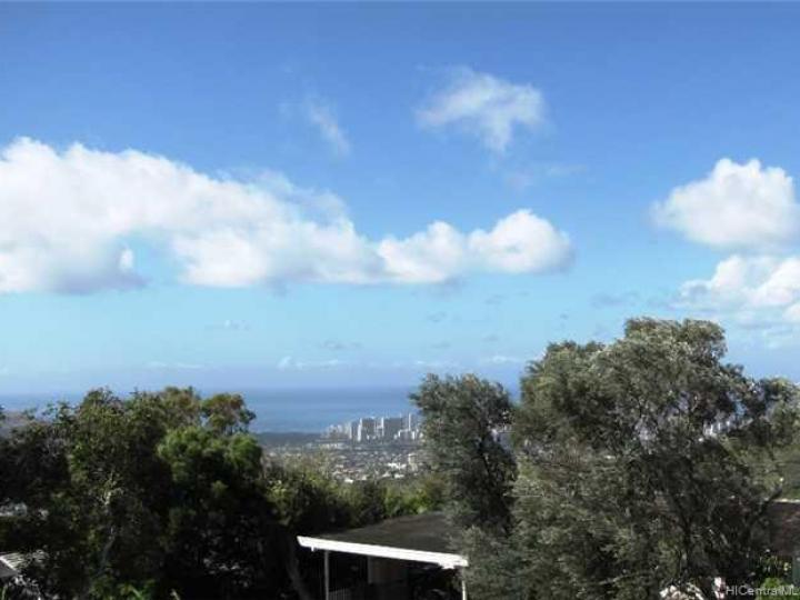 2171 Halekoa Dr Honolulu HI Home. Photo 10 of 10