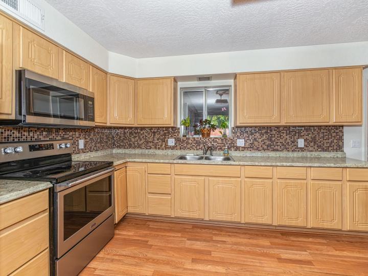 2426 S Lariat Cir Cottonwood AZ Home. Photo 8 of 29