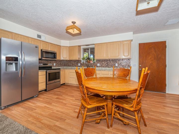 2426 S Lariat Cir Cottonwood AZ Home. Photo 9 of 29