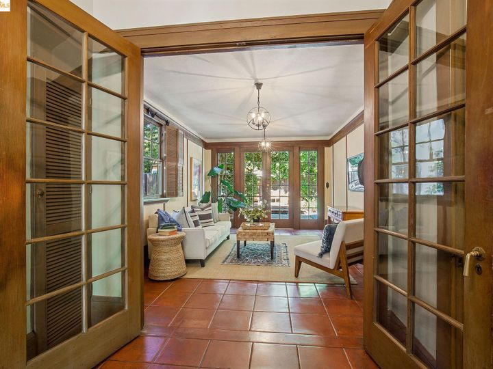 25 Plaza Dr Berkeley CA Home. Photo 15 of 40