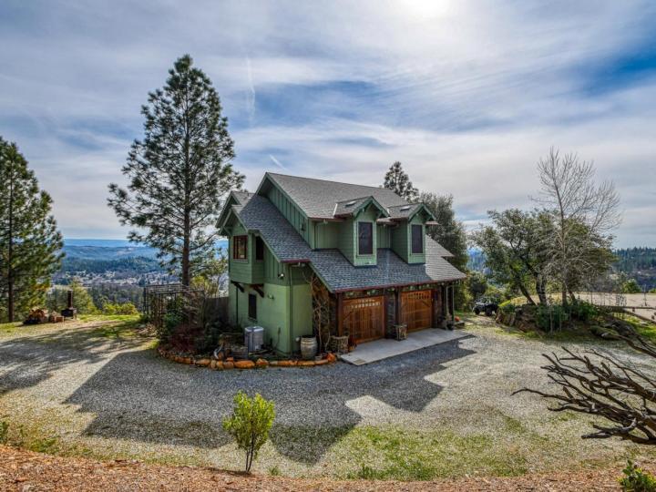 320 Fen Way Murphys CA Home. Photo 1 of 40