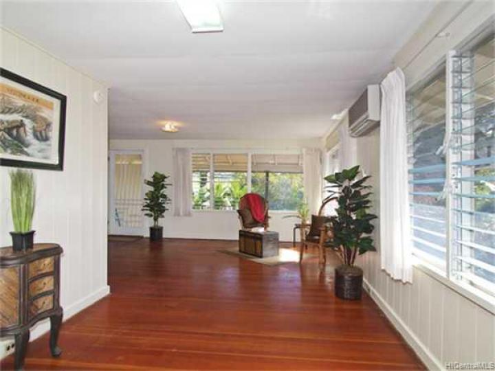 3340 Manoa Rd Honolulu HI Home. Photo 3 of 8