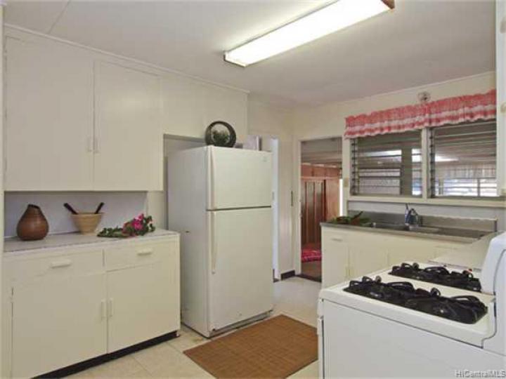 3340 Manoa Rd Honolulu HI Home. Photo 5 of 8