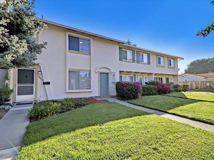38614 Royal Ann Cmn, Fremont, CA, 94536 Townhouse. Photo 2 of 38