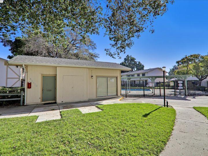 38614 Royal Ann Cmn, Fremont, CA, 94536 Townhouse. Photo 35 of 38
