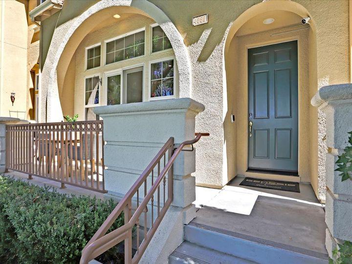 4060 Crandall Cir, Santa Clara, CA, 95054 Townhouse. Photo 2 of 40