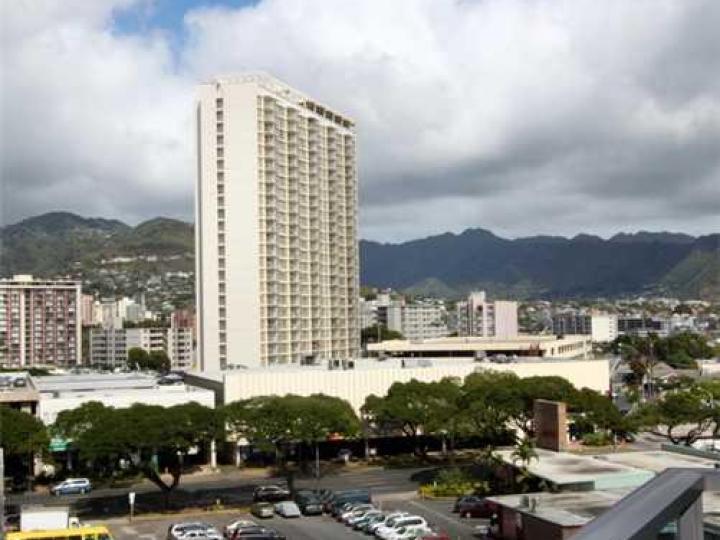 Ala Moana Hotel Condo condo #629. Photo 5 of 10