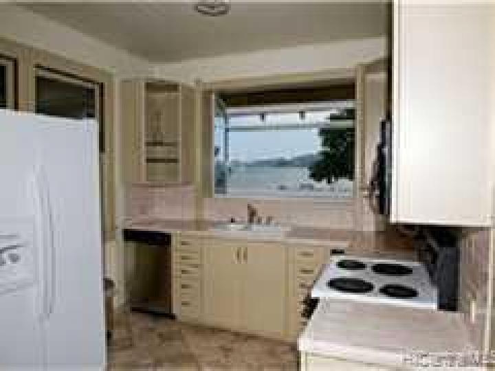 47-075 Kamehameha Hwy Kaneohe HI Home. Photo 4 of 10