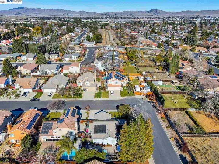 4981 Rhonda Ln Livermore CA Home. Photo 37 of 40