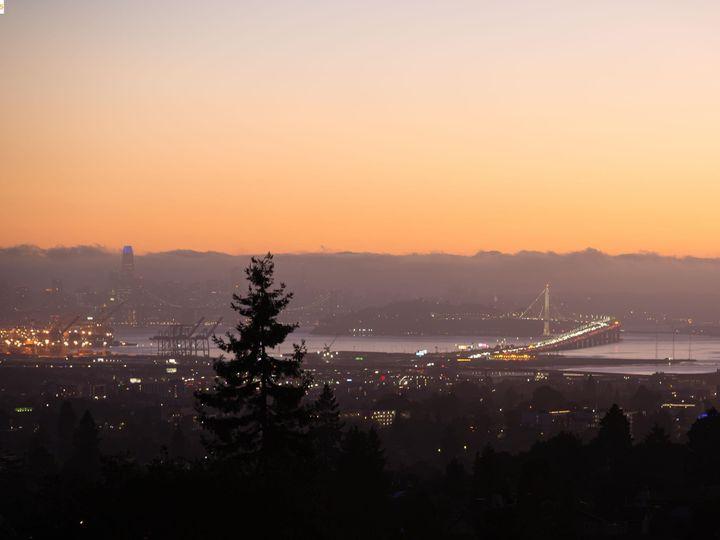 6170 Buena Vis Oakland CA Home. Photo 7 of 37