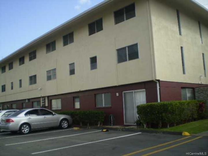 827 Ala Lilikoi St unit #3, Honolulu, HI, 96818 Townhouse. Photo 6 of 6