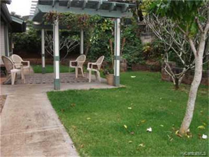 951101 Auina St Mililani HI Home. Photo 8 of 10