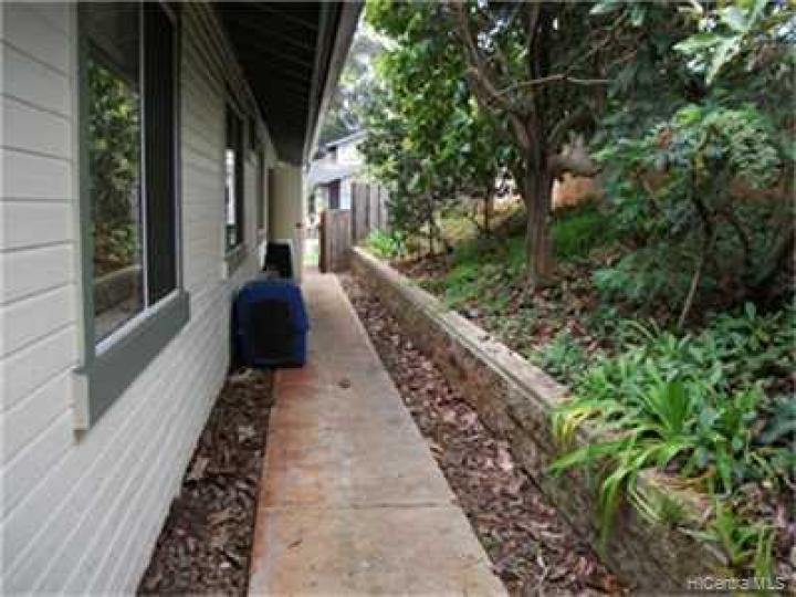 951101 Auina St Mililani HI Home. Photo 9 of 10