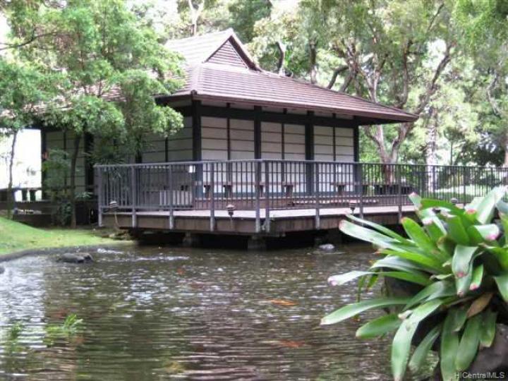 Queen Emma Gardens condo #. Photo 7 of 9