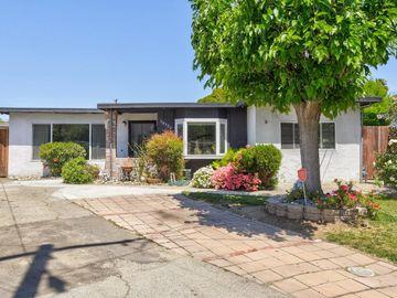 10320 Reva Ct, Alum Rock, CA