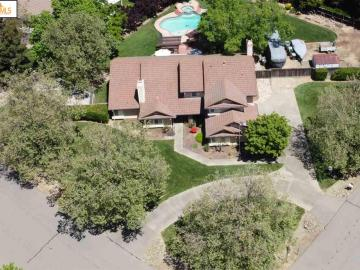 10361 Equine Dr, Vineyard, CA