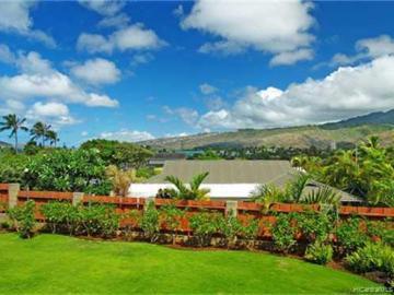 106 Nawiliwili St Honolulu HI Home. Photo 2 of 9
