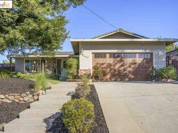 1120 Paradise Dr, Pleasant Valley, CA