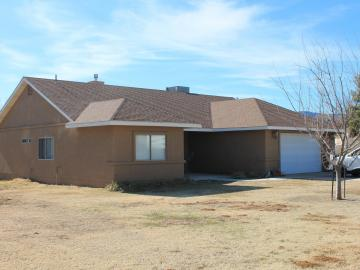 1122 N Gilbert Way, Under 5 Acres, AZ