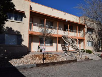 1200 Lanny Ave Clarkdale AZ Home. Photo 2 of 17