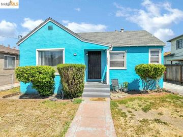 1215 102nd Ave, East Oakland, CA