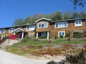 125 Eastridge Ct, Pasatiempo, CA