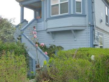 1314 Haskell St unit #A, South Berkeley, CA