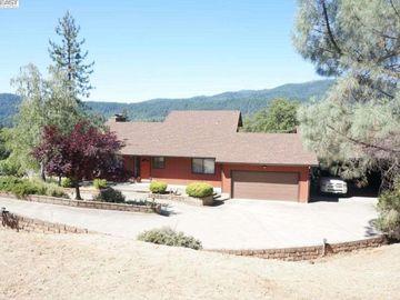 137 Reservoir Rd, Weaverville, CA