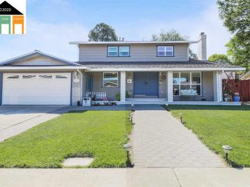 1392 Mossy Ct, Clayton Valley, CA