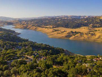 17630 Holiday Dr Morgan Hill CA Home. Photo 3 of 40