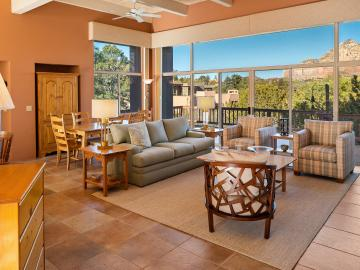 200 Alhambra Rd, Rolling Hills, AZ