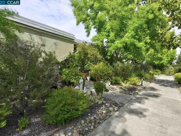 2061 Pine Knoll Dr unit #4, Rossmoor, CA