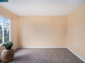 2129 Sugartree Dr Pittsburg CA Home. Photo 4 of 20