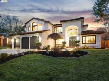 220 Crestridge Dr, Cimarron Hills, CA