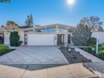 2333 Belford Dr, Walnut Grove, CA