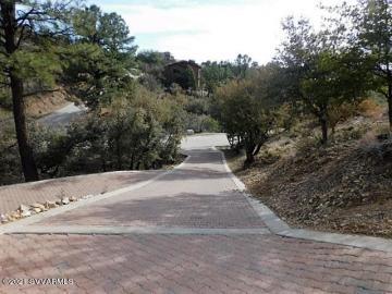 2370 W Oakwood Dr, Home Lots & Homes, AZ