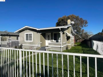 244 W 10th St, Old Pittsburg, CA