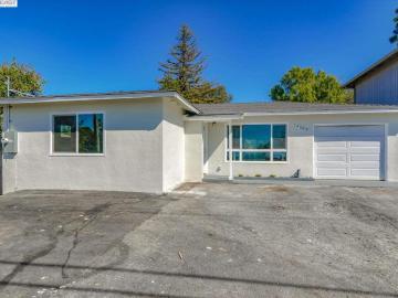 24588 Fairview Ave, Fairview, CA